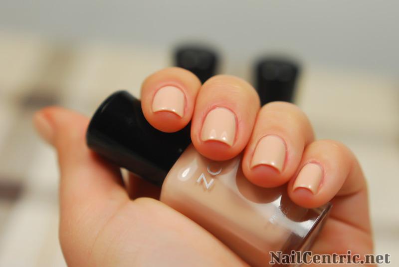Zoya Chantal nail art by NailCentric