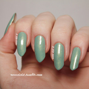 Catrice Mint me Up Swatch by Robin