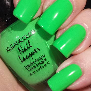 Kleancolor Bikini Green Swatch by Ashley Hoopes