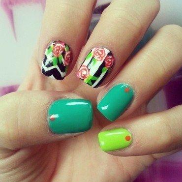 a green spring  nail art by Ashley Guyaux