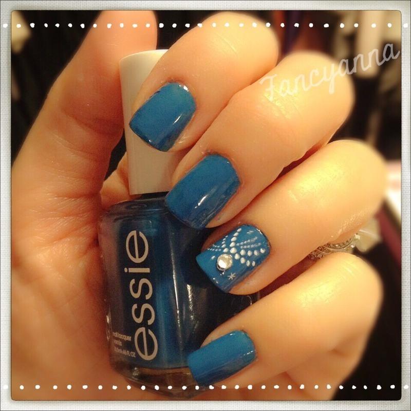 Feelin blue nail art by Anna-Maria D