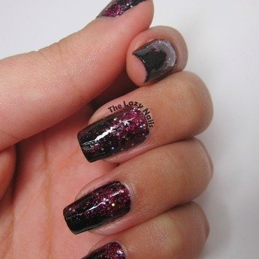 Dark and twisted gradiant nail art by Hadas Drukker