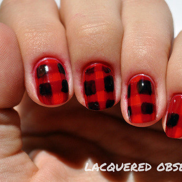 Checkered thumb370f