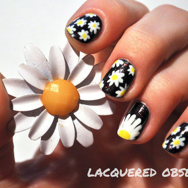 Daisies nail art by Lacquered Obsession