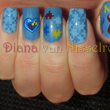 Autism Awareness nail art by Diana van Nisselroy