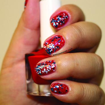 Go, go Team USA! nail art by Bundle Monster