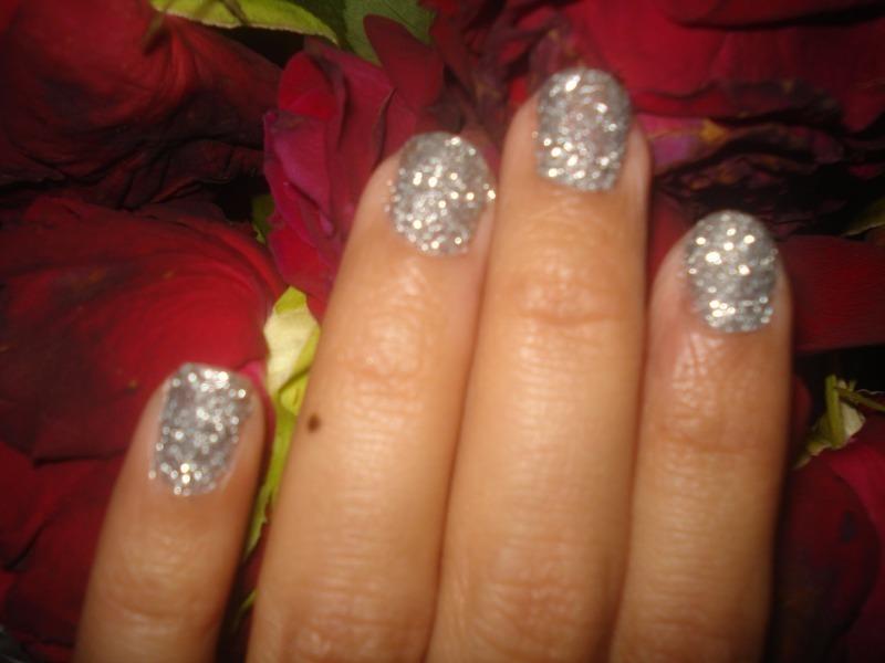 3D Glitter Nails nail art by Tina Rai Pun