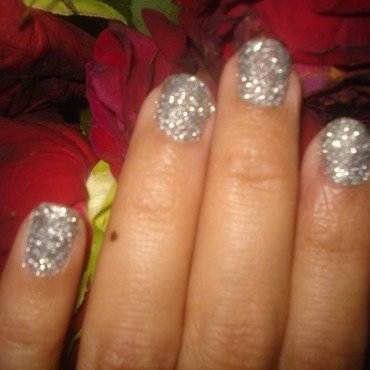 3D Glitter Nails nail art by Tina Rai Pun