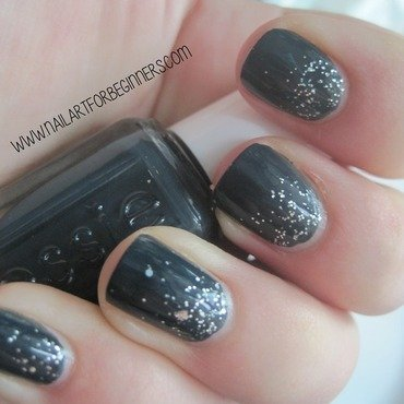 Glitter Gradient nail art by Lindsay