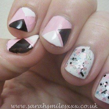 Simple Geometric nail art by Sarah Clarke