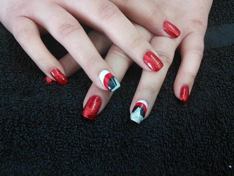 captain America  nail art by Rachel Millican