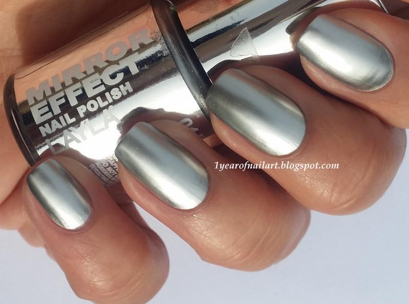 Layla Mirror effect Metal Chrome Swatch by Margriet Sijperda