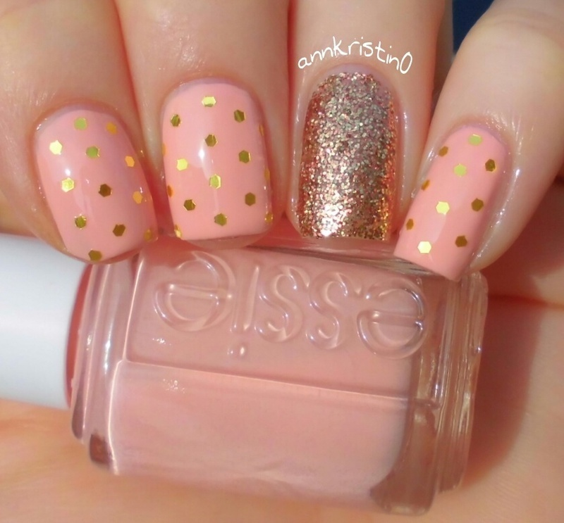Gold Polka Dots nail art by Ann-Kristin