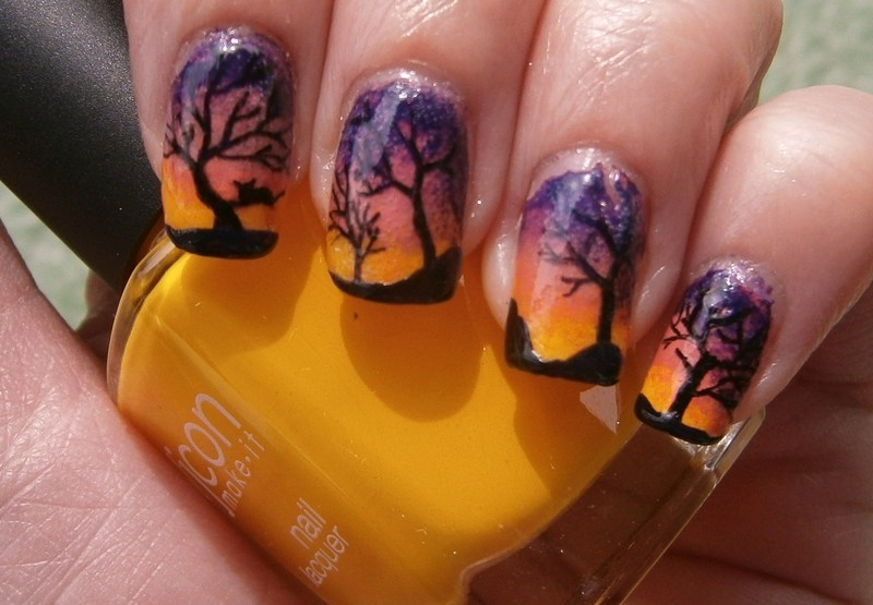 Sunset sky with a little cat sleeping nail art by sissynailsmakeup