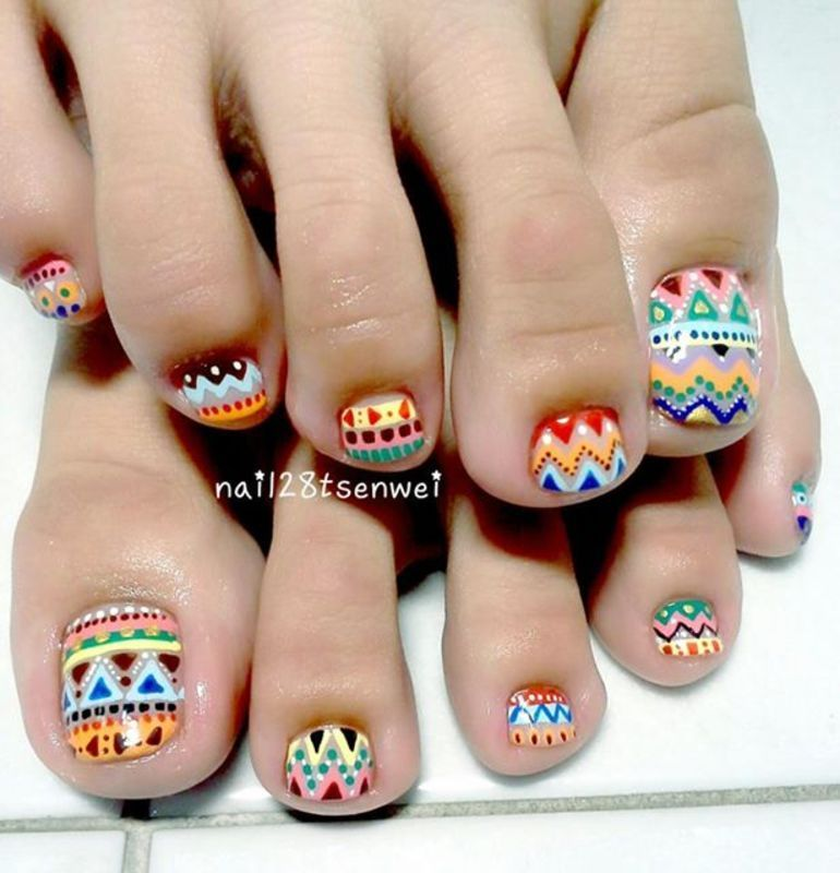 colour nail art by Weiwei