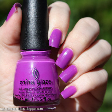 China Glaze Are You Jelly? Swatch by Cajon de los esmaltes