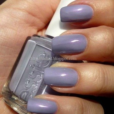 Essie  she s picture perfect thumb370f