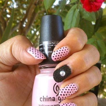 Polka dots with Caviar Nail Art by Alpsnailart  nail art by Alpsnailart