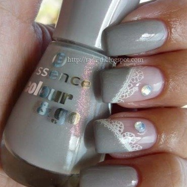 Essence Colour & Go 142 Grey-t To Be Here Swatch by Radi Dimitrova