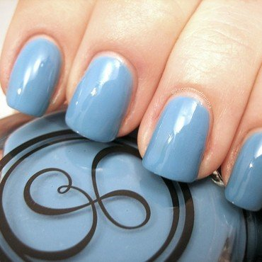 Signet Nails Blue Lagoon Swatch by Jennifer Collins