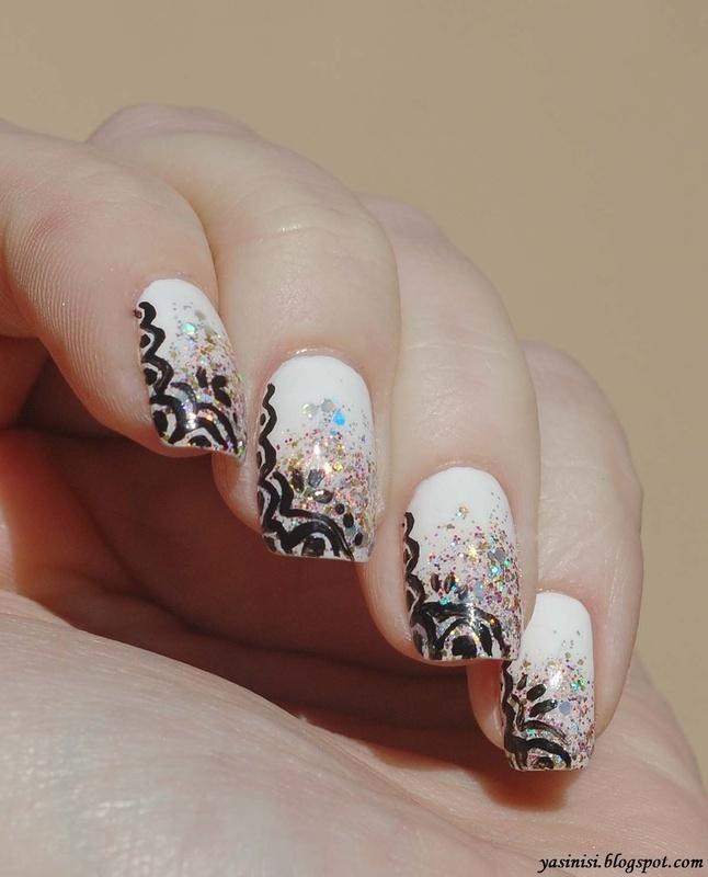 Inspired by Tartofraises #3 nail art by Yasinisi