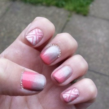 Coral gradient nail art by Sarah Bellwood
