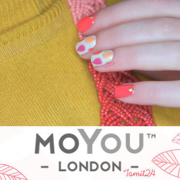 MoYou London Stamping leaf nails nail art by Paulina