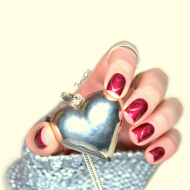 A England Hearts nail art by Paulina
