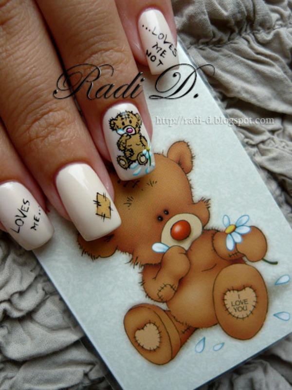 Loves me, Loves me not... nail art by Radi Dimitrova