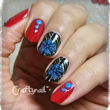 Giftwrapped Nails nail art by Jacqui D.