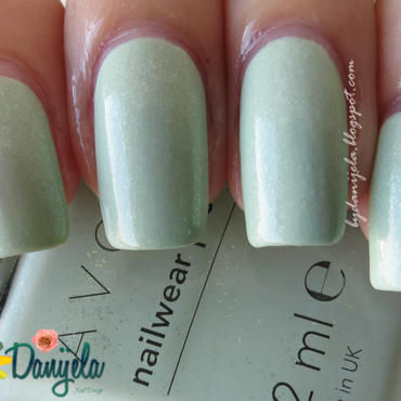 Avon Honeydew dazzle Swatch by bydanijela