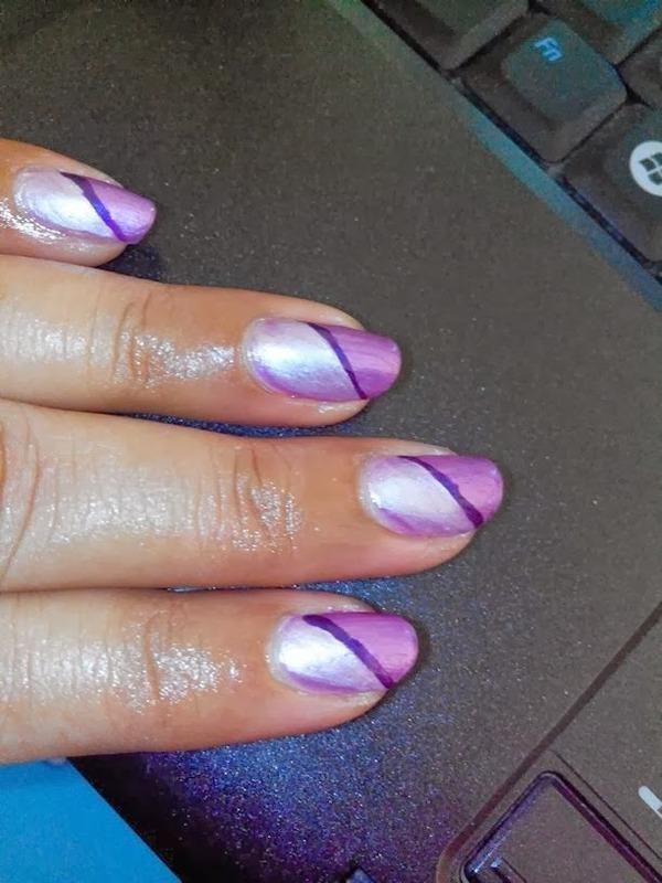 PURPLE STRIPES nail art by Nailfame