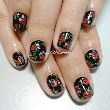 Black temptation nail art by Weiwei