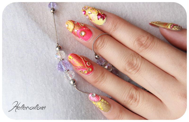 Bollywood nail art by LÊ Hélène