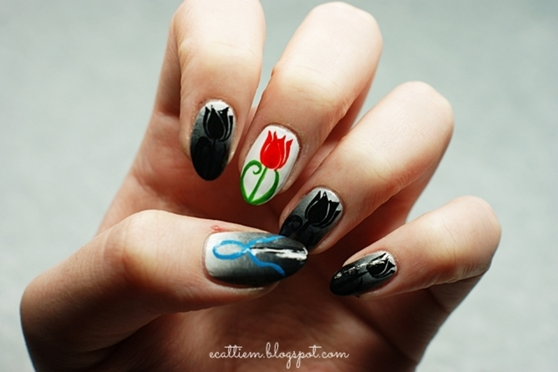 World Parkinson's Day Tulipcure nail art by ecattiem