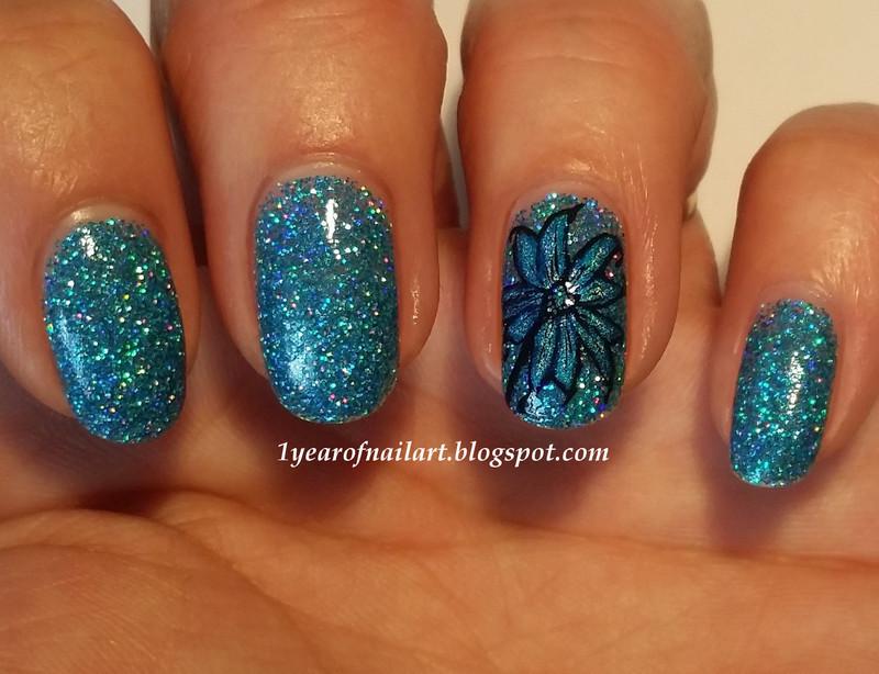 Blue holo flower nail art by Margriet Sijperda