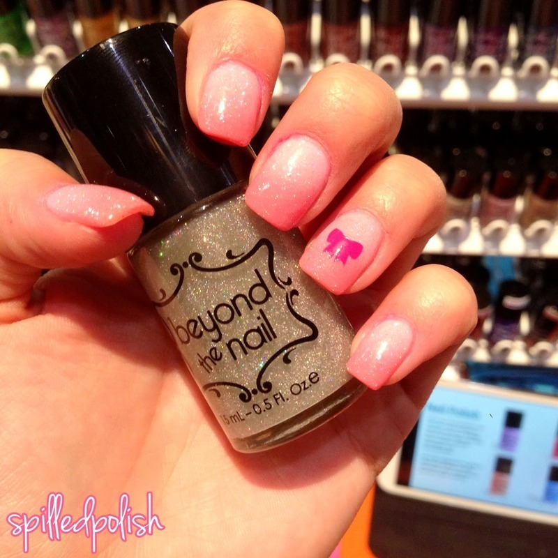 Sparkly Pink Gradient nail art by Maddy S
