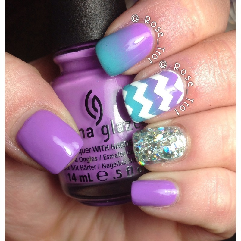 Zig zag gradient  nail art by Rose_Trot