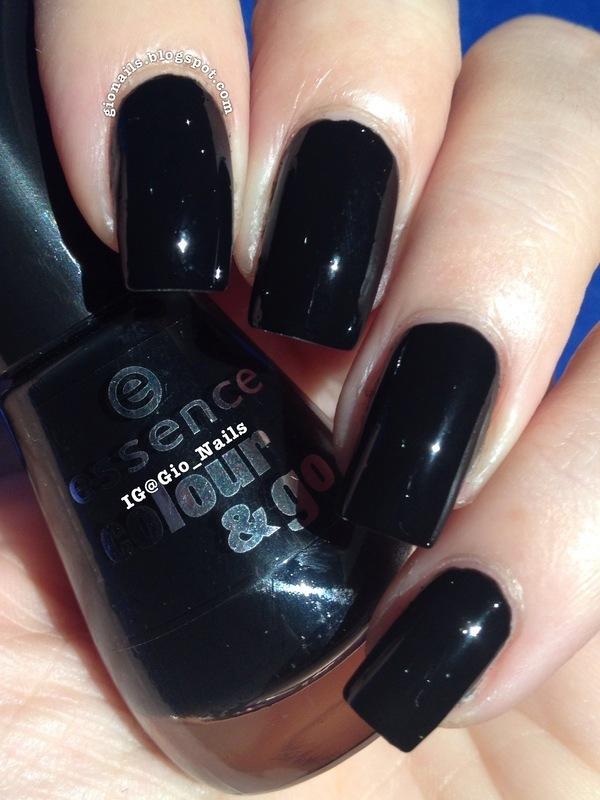 Essence Colour&Go Black Is Black Swatch by Giovanna - GioNails