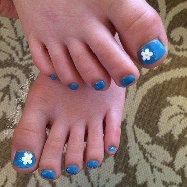 Tiny Flowers on Tiny Toes nail art by Courtney Haines