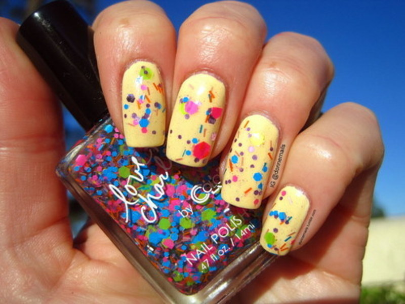 Confetti nail art by Donner