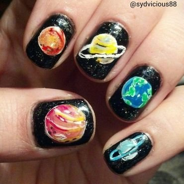 Planet Nails nail art by SydVicious