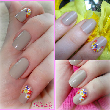 Small flowers nail art by Km.Lucy