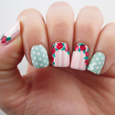 Nail art roses copie thumb370f