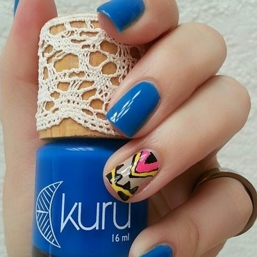 Kuru Iris Swatch by Ximena Echenique
