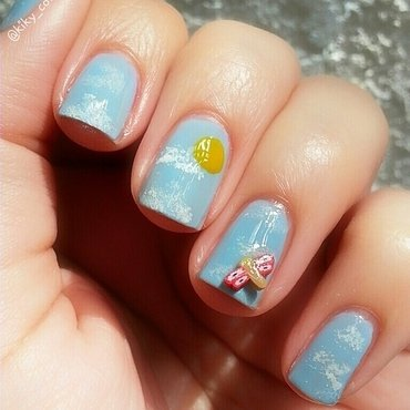 Weather nail art by Ximena Echenique