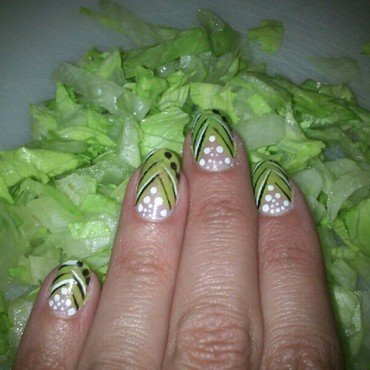 Verde lechuga nail art by Diana elpotilugar