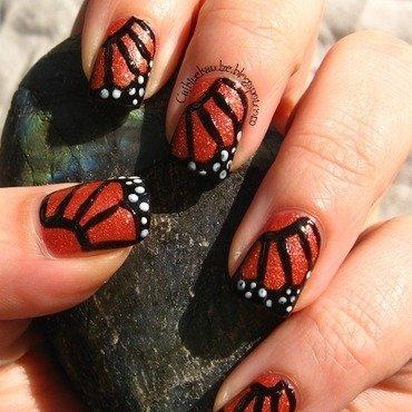 Matching manicures leptiri 2 thumb370f