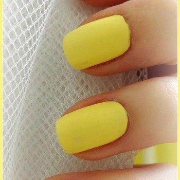 Geometric nail art by Km.Lucy