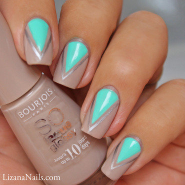 133   nail art triangles thumb370f